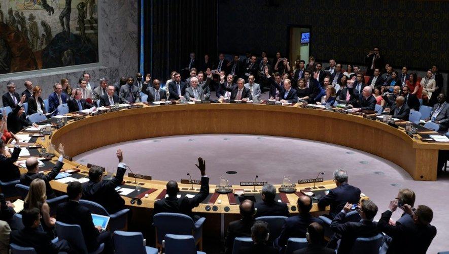 Le conseil de sécurité de l'ONU vote sur la résolution iranienne le 20 juillet 2015 à son siège à New York