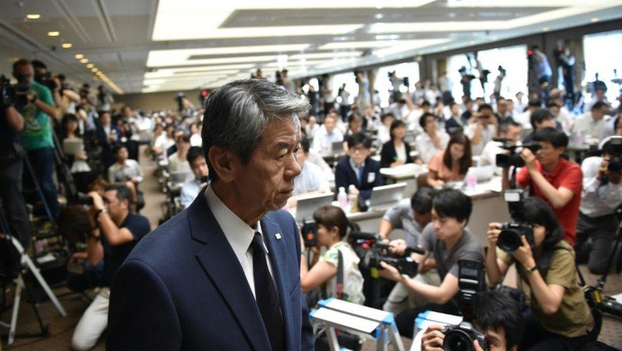 Le président de Toshiba Hisao Tanaka arrive à une conférence de presse au siège à Tokyo le 21 juillet 2015