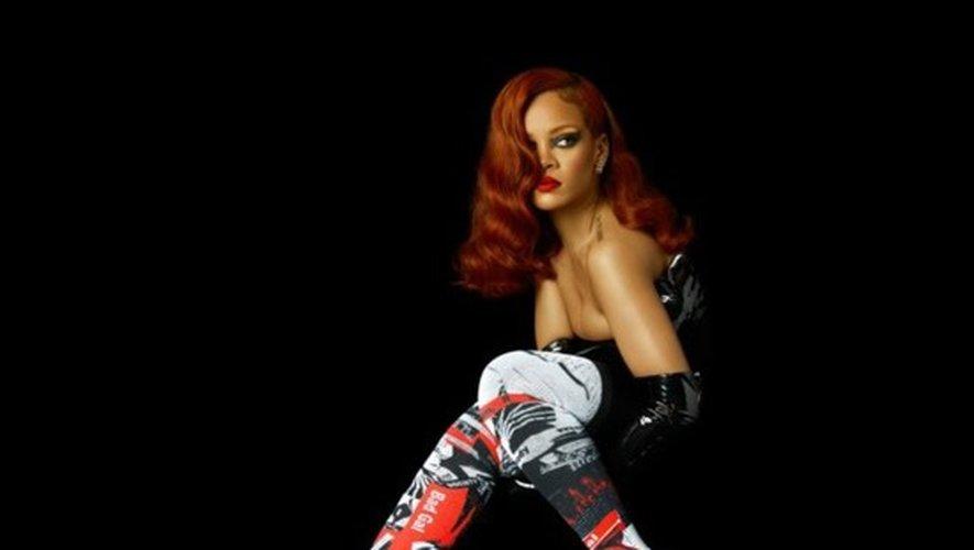 Les chaussettes de Rihanna à Paris en septembre