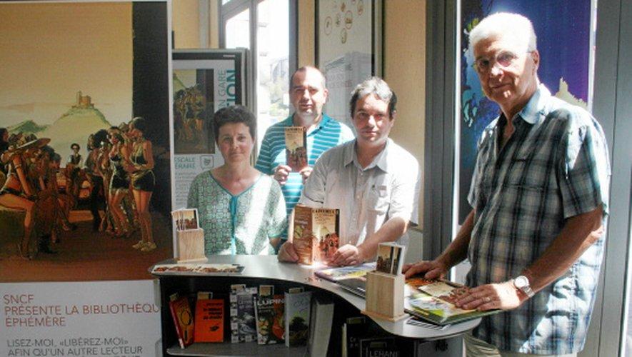 Dans les gares de Rodez, Villefranche-de-Rouergue et Figeac, les organisateurs du festival de BD de La Fouillade, invitent les voyageurs à une escapade littéraire.