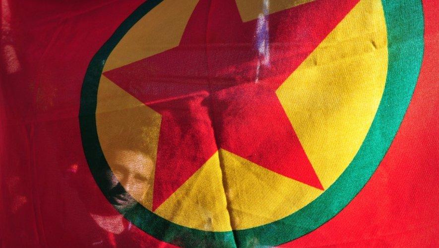 Le drapeau du Parti des travailleurs du Kurdistan (PKK) lors d'une manifestation à Athènes le 3 juin 2013