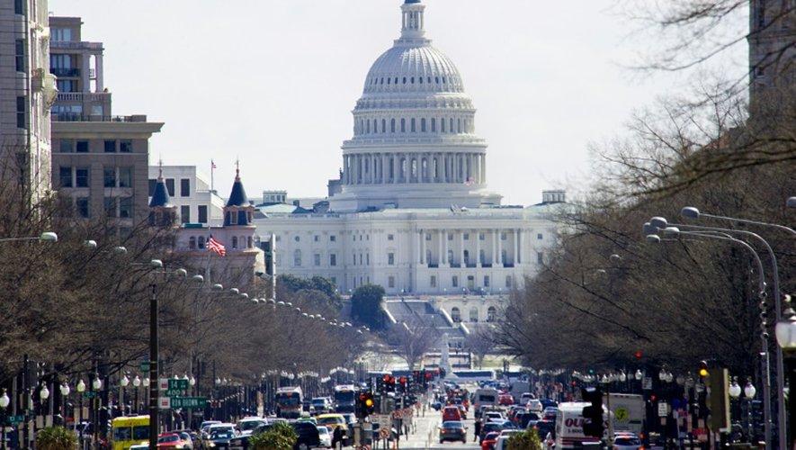 """La Chambre des représentants des Etats-Unis a adopté une mesure pour révoquer le passeport des Américains liés à des """"organisations terroristes étrangères"""""""