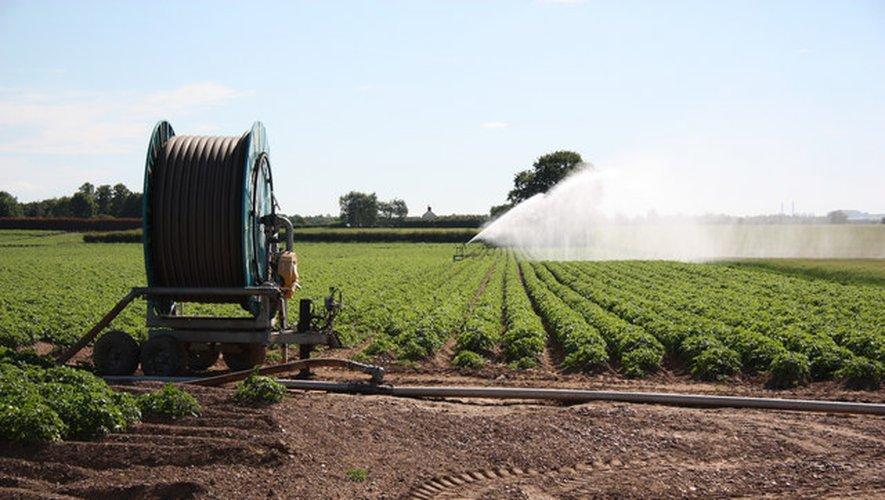Pour l'irrigation agricole, les mesures touchent 10 des 18 zones de gestion que compte le département de l'Aveyron.