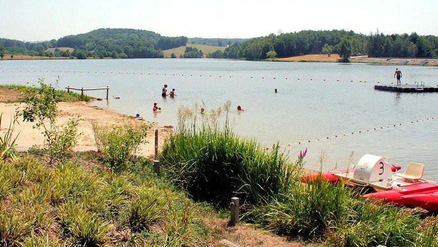 A Saint-Gervais, 16 hectares d'une eau calme s'offrent aux plaisirs des vacanciers.