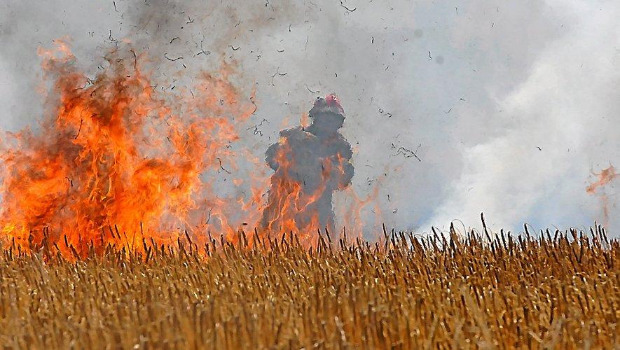 Vingt pompiers aveyronnais ont rejoint Aix-en-Provence, jeudi 11 juillet.