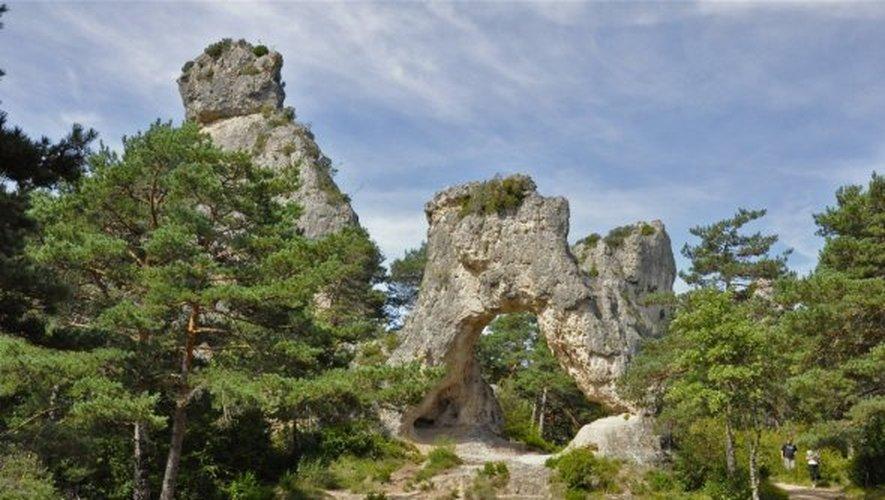 Des rochers usés par le vent et la pluie qui ont créé un monde fantastique.