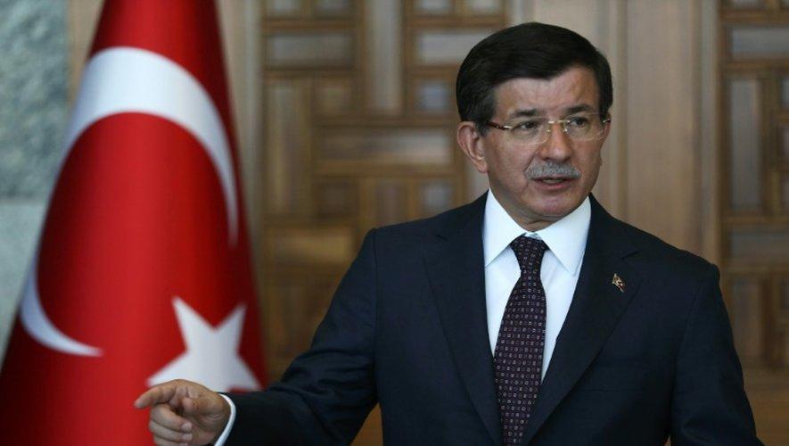 Le Premier ministre turc Ahmet Davutoglu lors d'une conférence de presse le 24 juillet 2015 à Ankara