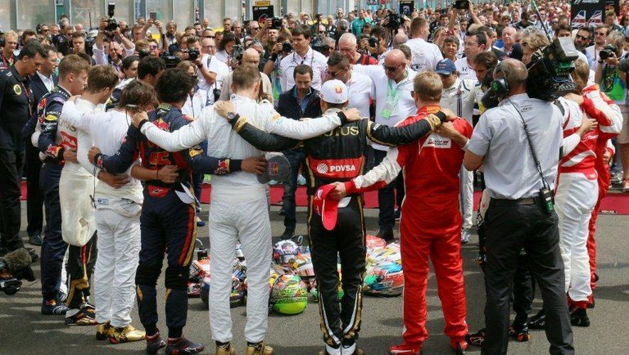 Les pilotes de F1 rendent hommage à Jules Bianchi, le 26 juillet 2015 à Budapest