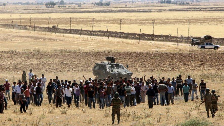 La frontière turco-syrienne dans la région de Sanliurfa, le 25 juin 2015