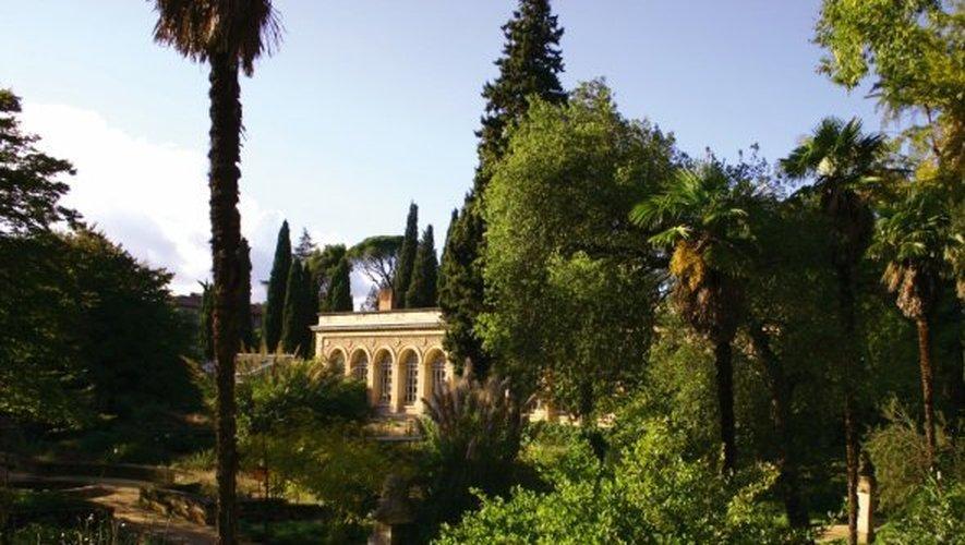 Montpellier Le Jardin Des Plantes Romantique Ancetre
