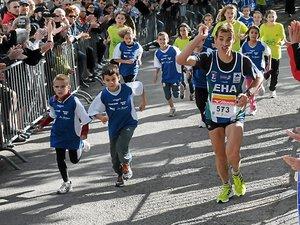 Plus de 1600 coureurs pour les 100 km de Millau