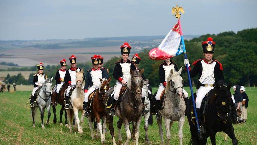 Des personnes déguisées en grognards rejouent une bataille napoléonienne le 29 septembre 2013 à Saint-Jean-les-Deux-Jumeaux