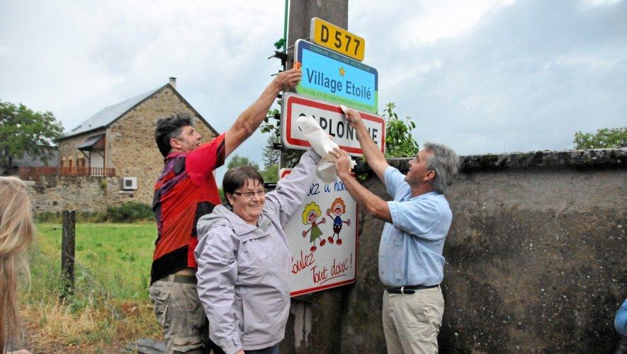 A Caplongue, un panneau mentionnant le village étoilé vient d'être inauguré.