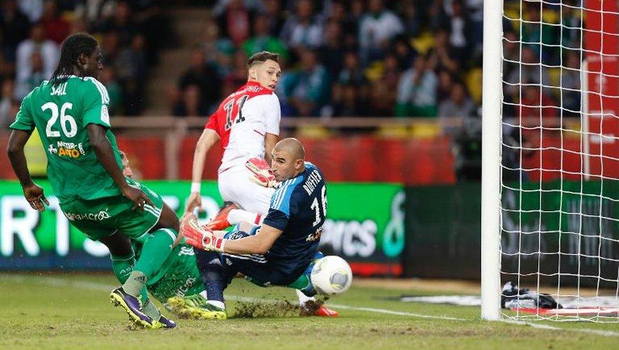 L'Argentin Lucas Ocampos inscrit le but de la victoire pour Monaco contre Saint-Etienne, le 5 octobre 2013 à Louis-II