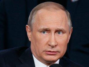 """Brexit: Poutine dénonce une """"attitude superficielle"""" du gouvernement britannique"""