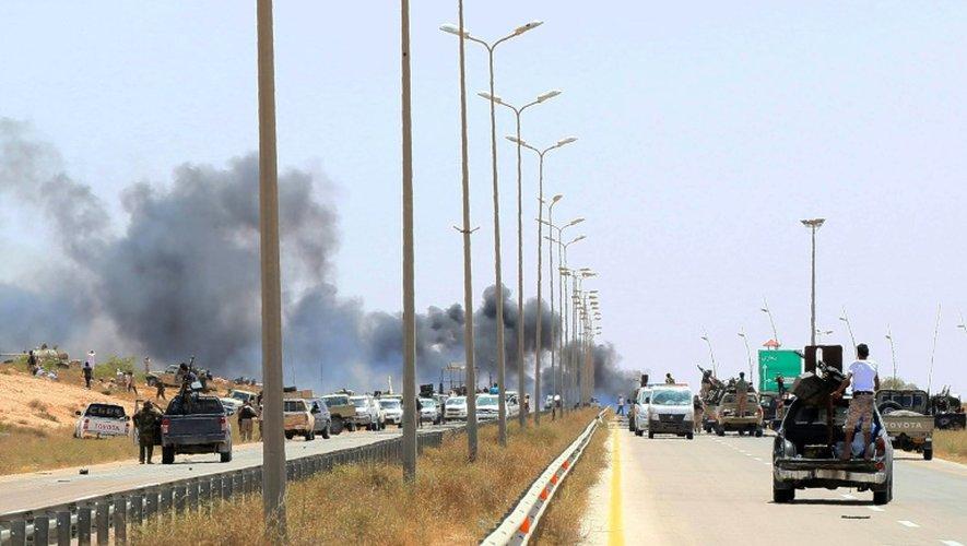 Les forces loyalistes entrent dans la ville de Syrte, en Libye, le 10 juin 2016