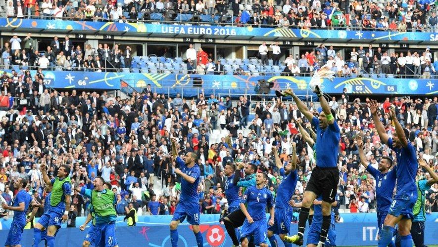 La joie des joueurs de la Squadra Azzurra italienne, victorieux de l'Espagne en 8e de finale de l'Euro au Stade de France