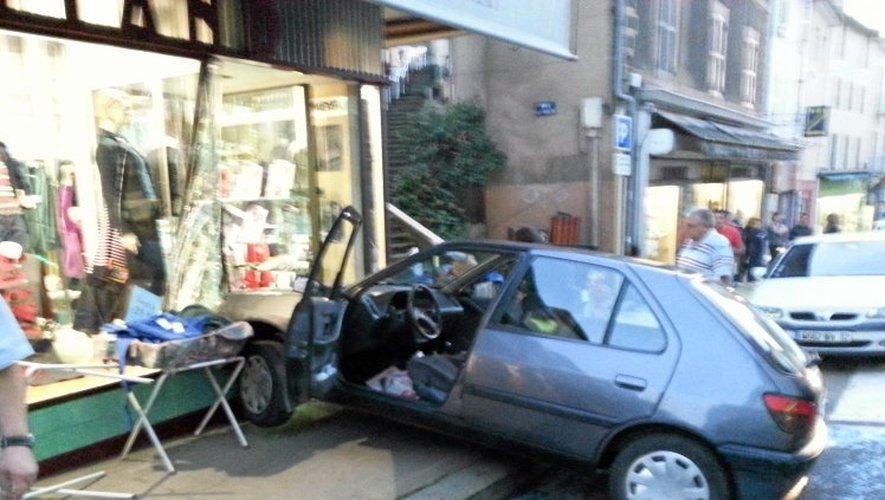 Les occupants du véhicules ont été choqués.