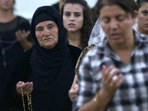 Irak: l'EI revendique des attentats à Bagdad, Mossoul vidée de ses chrétiens