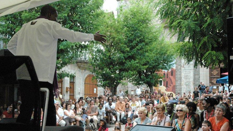 Samedi, sur la grande scène, le chanteur Corneille sera devant le public attendu nombreux par les organisateurs. Chaque année, près de 20.000 festivaliers se rendent à Cajarc.