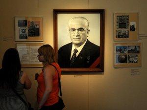 Russie: exposition et films en l'honneur d'Andropov, le persécuteur des dissidents