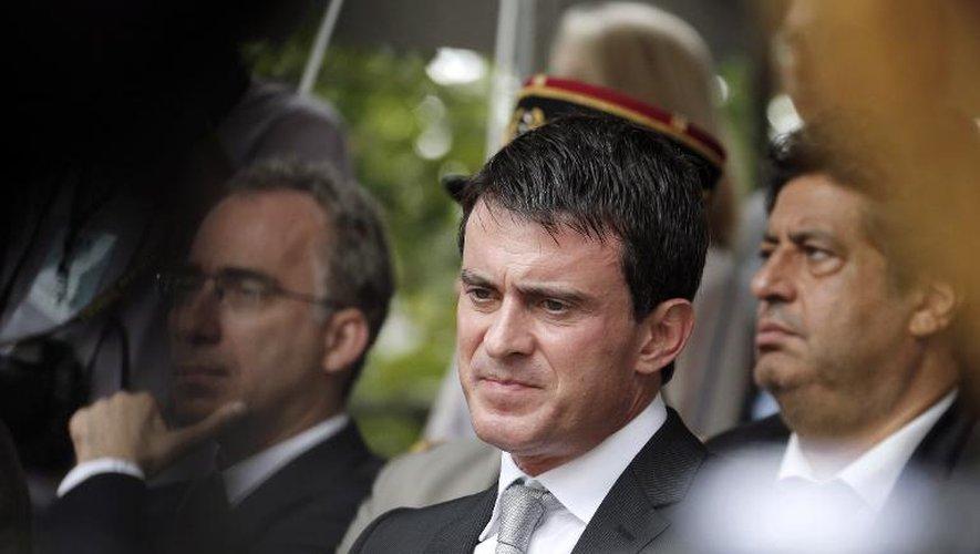 """Valls: """"Ce qui s'est passé à Sarcelles est intolérable"""""""