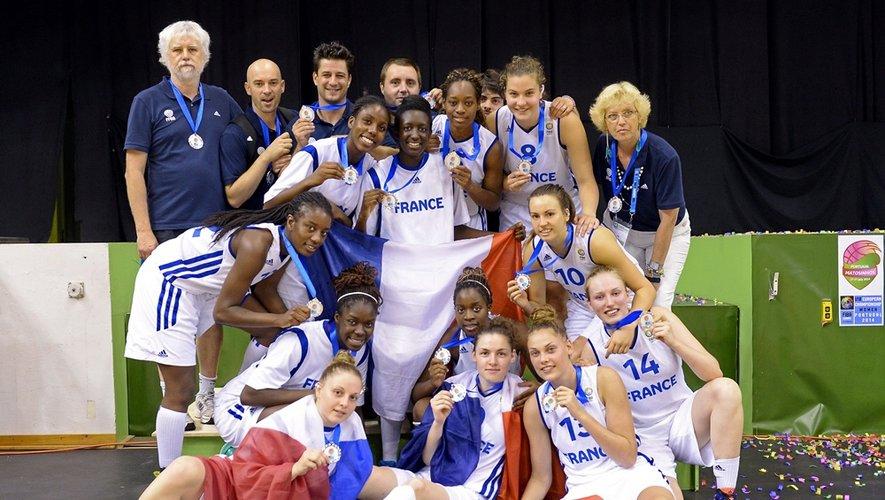 L'équipe de France des moins de 18 ans en  basket féminin a terminé deuxième du championnat d'Europe.