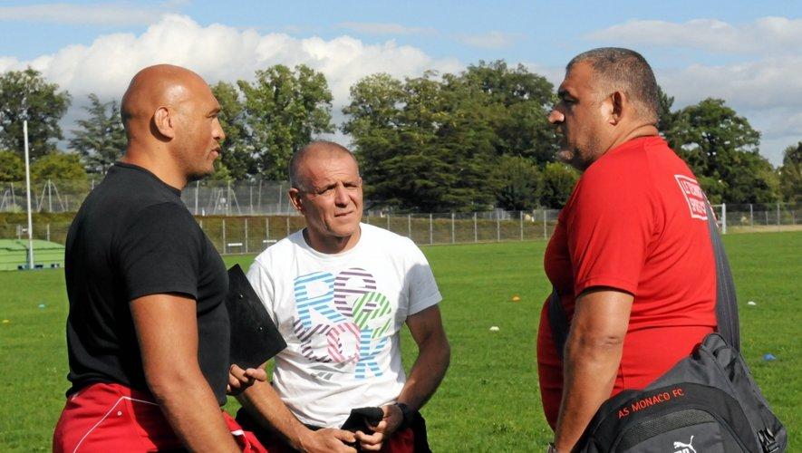Satisfait de la préparation de ses joueurs, le coach ruthénois (ici à gauche) espère franchir un nouveau cap cette saison.