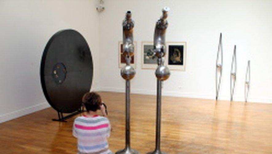 """Voilà une belle occasion de découvrir les expositions visibles à Rodez.Ici le musée Denys-Puech avec """"Full Metal Sculptures""""."""