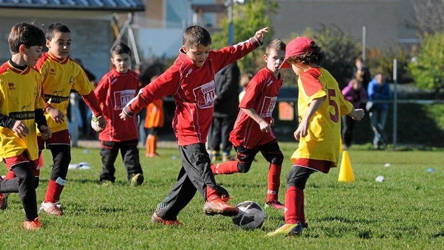 Le tournoi organisé par le District de l'Aveyron au profit des Restos du Coeur s'est déroulé sur cinq sites: Druelle, Flagnac, Millau, Saint-Affrique et Sébazac.