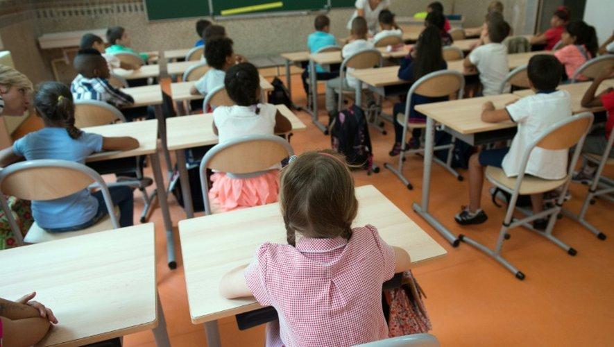 Des élèves dans une école primaire le 1er septembre 2015 à Marseille