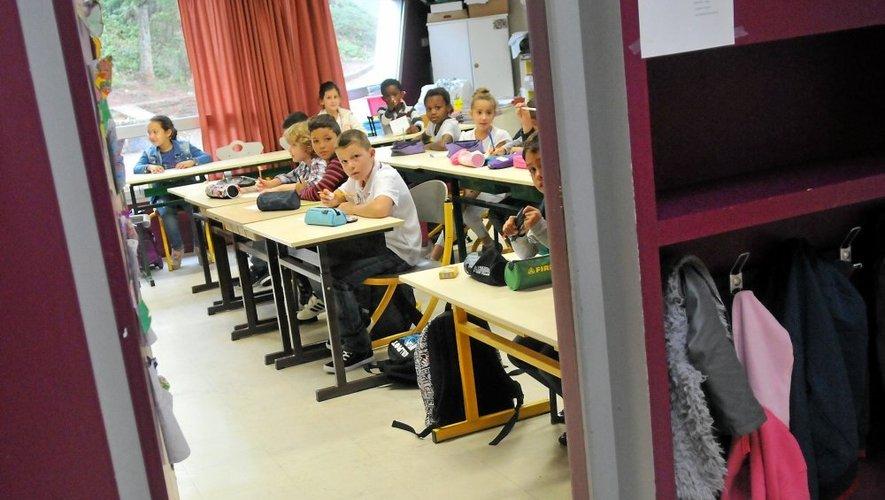 La rentrée ne s'est pas trop mal déroulée mardi matin dans les 342 établissements du premier degré en Aveyron.