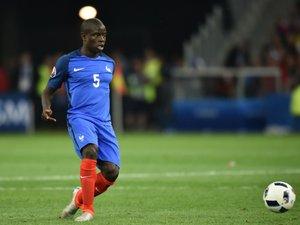 Transfert: Kanté quitte Leicester et signe à Chelsea pour 5 ans