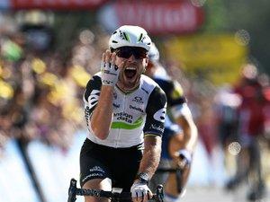 Tour de France: 4e victoire d'étape pour Cavendish, Froome toujours en jaune