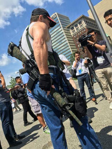 Steve Thacker, un porteur d'armes, le 17 juillet 2016 à Cleveland