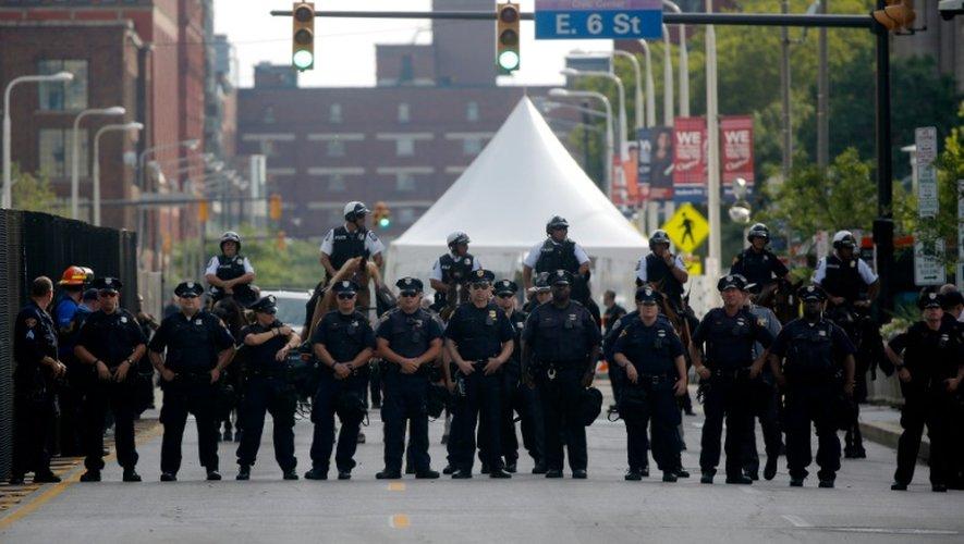 Policiers déployés le 17 juillet 2016 à Cleveland