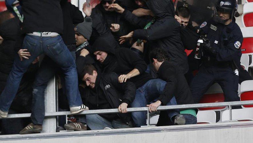 Nice-Saint-Etienne: les supporteurs stéphanois évacués