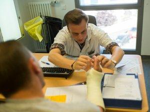 Médecins: le sort de la consultation à 25 euros en suspens