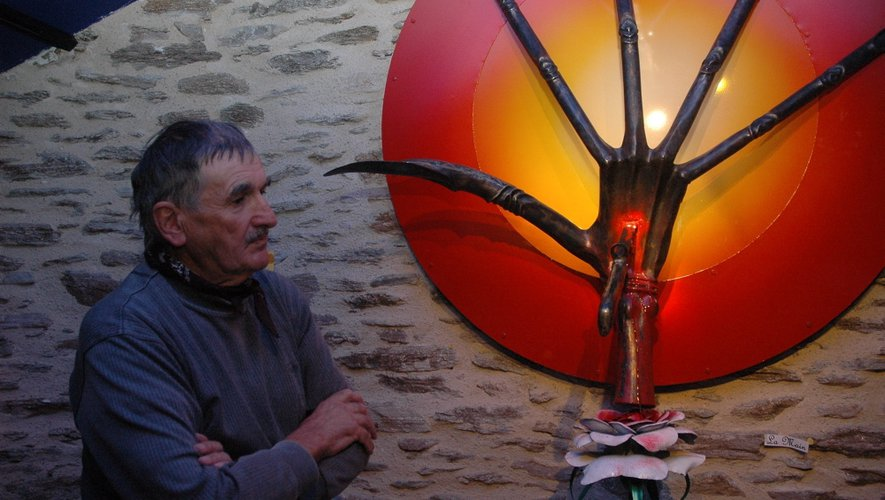 Au Vibal, le forgeron sculpte sa vision du monde