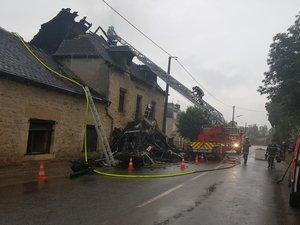 Sept maisons et bâtiments incendiés par la foudre en Aveyron