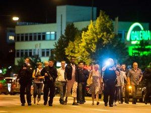 Un jeune homme sème la terreur à Munich en tuant neuf personnes
