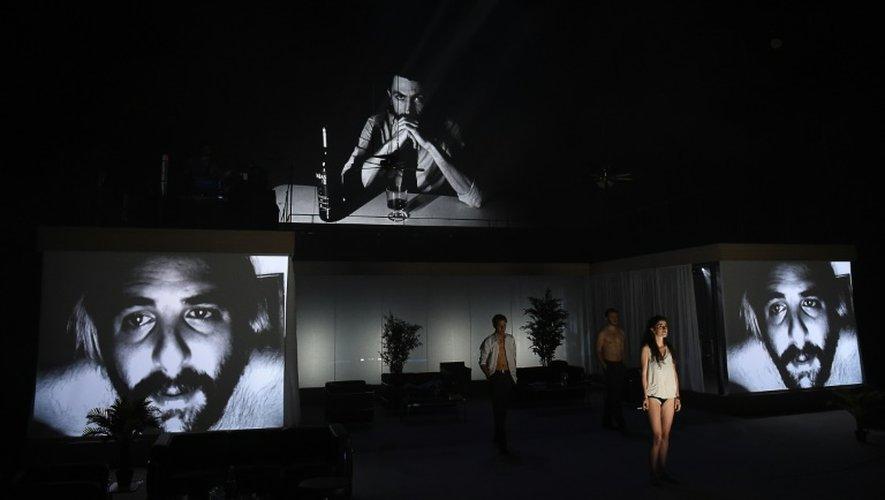 """Le spectacle """"2666"""" dirigé par  Julien Gosselin joué le 6 juillet 2016 lors du 70e Festival d'Avignon"""