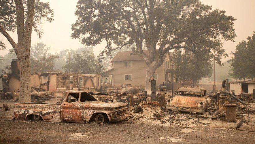 Voitures calcinées le 14 septembre 2015 à Middletown dévastée par les incendies en Californie