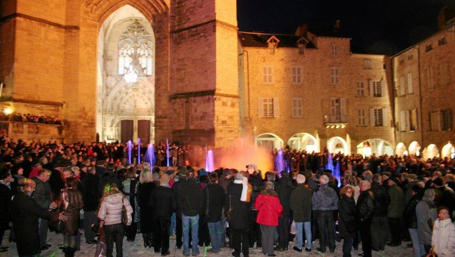 Villefranche-de-Rouergue inaugure sa nouvelle place