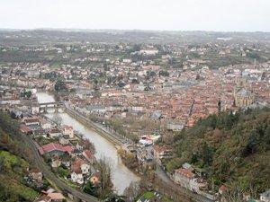 Municipales à Villefranche : Roques capitalise, Cantournet officialise