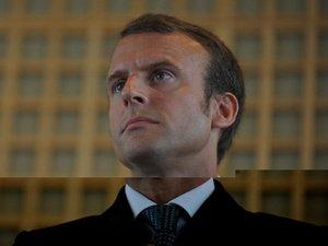 Nommé à Bercy, l'ancien banquier Emmanuel Macron fait consensus