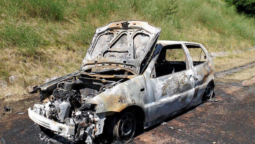 Decazeville : un véhicule incendié dans La Découverte