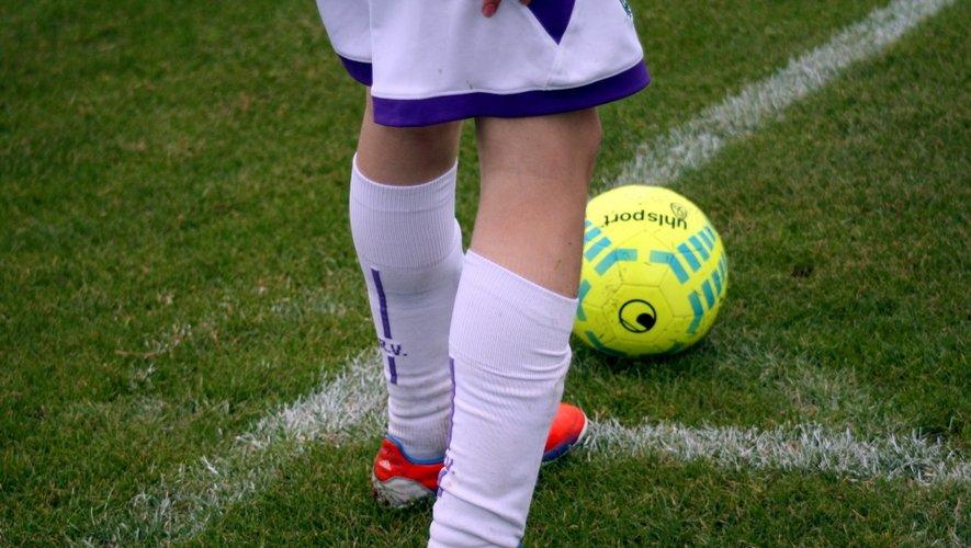 Arbitre agressé : les clubs de la poule boycottent Rodez Olympique