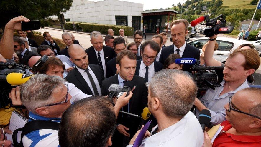 Emmanuel Macron à l'usine Bosch pour rassurer sur l'avenir du diesel