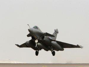 """La France """"a frappé en Syrie"""", annonce l'Elysée"""
